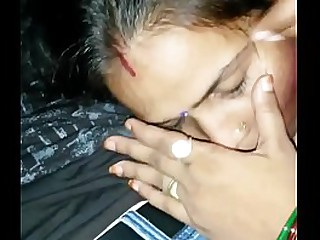 Saveetha Bhabhi with Neighbour Boy Smooch n Blowjob-HD